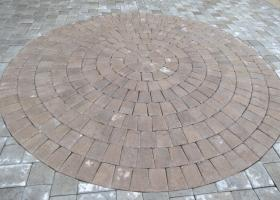 Pavers with design